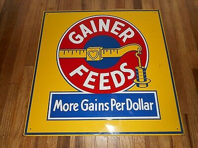 Vintage NOS Gainer Feeds Metal Advertising FARM Agriculture Sign w COOL GRAPHIC