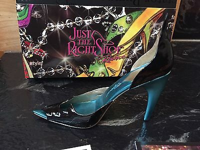 Just The Right Shoe Pointedly Wicked By Raine Retired #25589 Miniature 2006