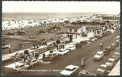 Great Yarmouth Norfolk Anchor Gardens & Beach 1962 Coates Real Photo Postcard
