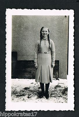 FOTO vintage PHOTO, Frau Dame mit Zöpfe, Mode, woman braids fille tresses /60