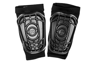G Form Pro-S Compact Youth Shin Guards