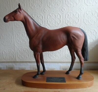 Beswick  Connoisseur  Horse Model Red Rum