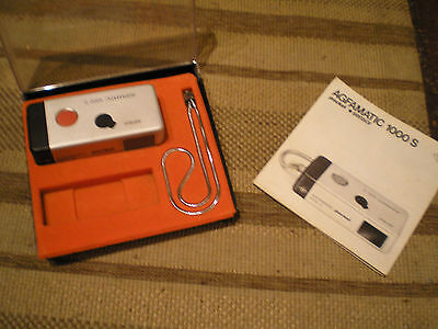 VINTAGE AGFAMATIC 1000 S POCKET CAMERA RETRO RARE (4 & a quater inches)