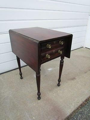ANTIQUE 19c PERIOD AMERICAN 2 DRAWER SHERATON STAND or DROP LEAF SIDE TABLE