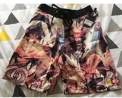 BNWT MUNSTER Take Off Board Shorts size 8
