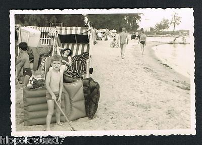 PHOTO vintage FOTO, Strand Bademode beach chair swimwear chaise de plage /98