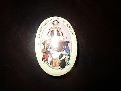 Vintage 1983 Grandmothers are Special Avon Soap Tin     0002