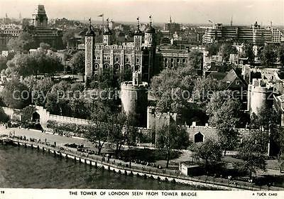 72944185 London The Tower of London seen from Tower Bridge City of London