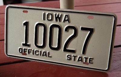 IOWA - 1990 OFFICIAL STATE VEHICLE license plate - excellent original PROTO