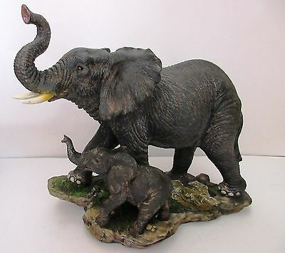 """African Elephant Mother And Baby Statue - 7 3/4"""" Tall"""