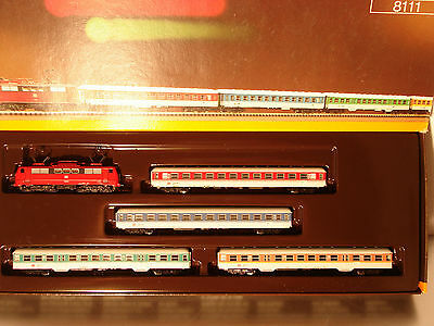 Marklin  Z:  8111 Passenger DB Train Set with Eloco cl. 111