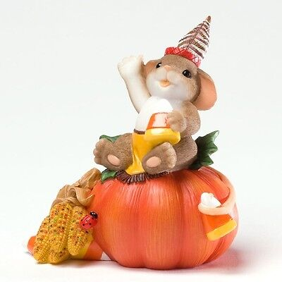 Charming Tails Sitting On Top Of Pumpkin Figurine