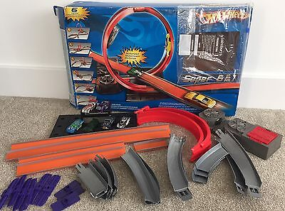 Hot Wheels Super 6 In 1 Track Boxed Car Rally Racing Set Electronic Battery Loop