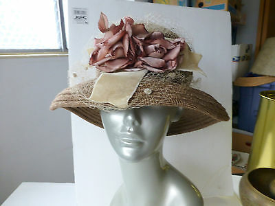 VTG Soft Brown Roses Woven Wide Brim HAT Bucket Cloche Floral Netting