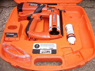 PASLODE IM65 F16  Straight Finishing Brad Nailer