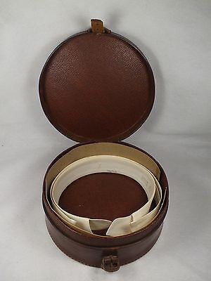 Vintage Round Leather Gentlemans Collar Box with Collars