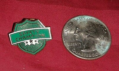 Hess Gasoline Safety Champion Pin Pinback Employee Award Rare Htf Only 1 Listed