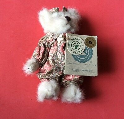 """New - """"boyds Bear"""". Soft Toy. Laurel's Berrijam. 6"""" White With Floral Jumpsuit"""