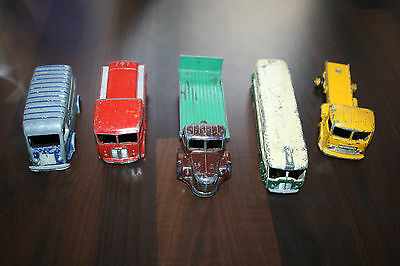 Lot 2 Dinky Toys Camion Pour Restauration
