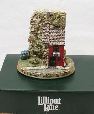 Beautiful Lilliput Lane Cottage - The Smallest House L2945 - With Box & Deeds