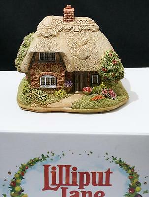 Beautiful Lilliput Lane Cottage - An Apple a Day L3525 - With Box & Deeds