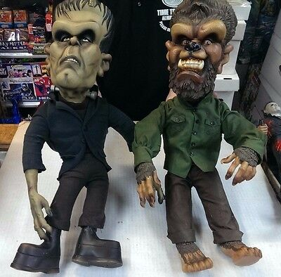 2 - Universal Monsters Sideshow POSERS - Frankenstein & Wolfman / 24 inches tall