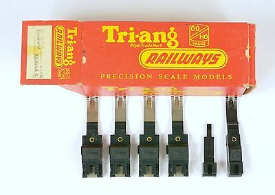 TRIANG 6x CATENARY MAST BASES INCL's 4x R305 Ser 3 POWER POSSIBLY UNUSED EX SHOP
