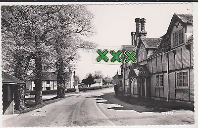 Photo Postcard ;  Chenies ( Near Chesham ).