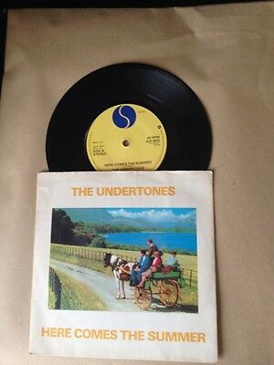 """The Undertones - Here Comes The Summer 7"""" Vinyl Single 1979 ( Pic/sleeve )"""