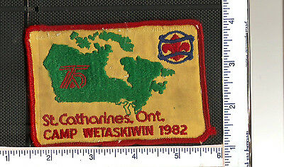 a Vintage Scouts Canada patch from the St.Catharines District 1982.