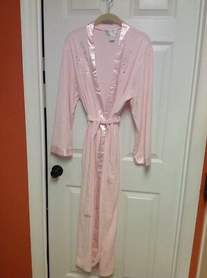 Miss Elaine Light Pink Floral Accent Belted Robe Size Large