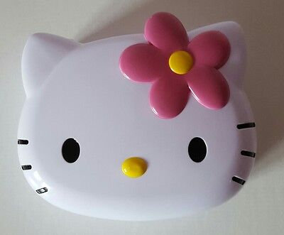 BRAND NEW WHITE HELLO KITTY - Shaped Sandwich Container - School Lunch Box Gift