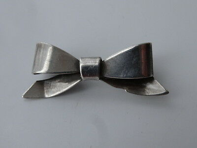 Vintage Sterling Silver Bow Design Brooch Pin