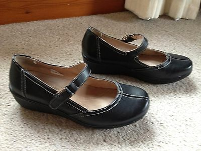 Caravelle Black wedge mary jane shoes size 5  worn 5 days only