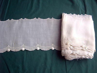> VINTAGE EDGING - WHITE - MACHINE EMBROIDERY - FINE LAWN - 8m x 13 cms [PP]