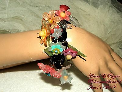 Arturo E.reyna Whimsical  Plastic Lucite Flowers Multi Color Charms Bracelet