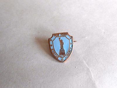 Vintage New York Statue of Liberty Enamel Souvenir Pin