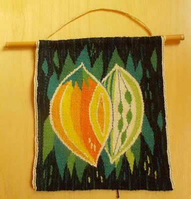 Swedish Flemish woven sampler, leaves and fruit slices in vibrant colors