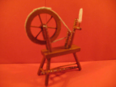Dolls House Spinners Wheel Boxed 1/12th  Scale