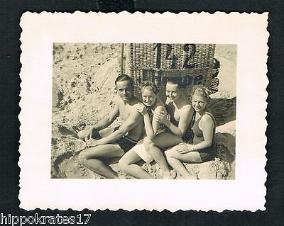 FOTO vintage PHOTO, Frauen Strand Bademode women swimwear beach plage (36) 2