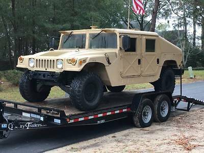Military HUMMER 1993 1025A1 and Trailer H M M W V