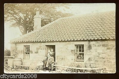 Scotland  STRAVITHIE ??? area Scottish cottage with family  RP