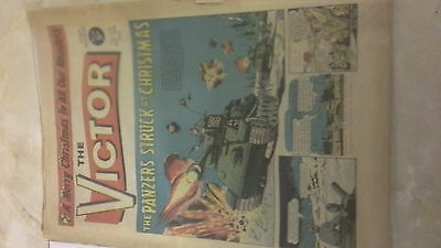 SALE! THE VICTOR COMIC NO.253 DEC.25TH 1965 vintage CHRISTMAS EDITION well worn