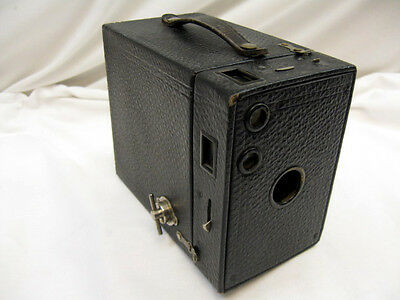 VINTAGE KODAK No. 2A MODEL B ,  BROWNIE BOX CAMERA