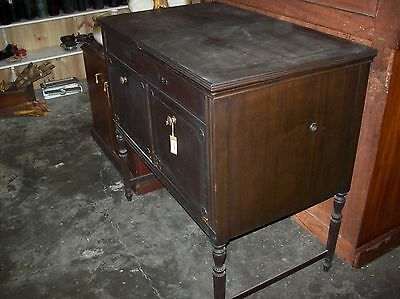 Old Cabinet Gramophone & Records