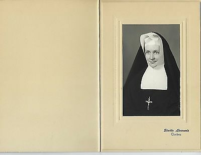 634 - A Livernois Quebec Cabinet photo of a Nun in the 1930's