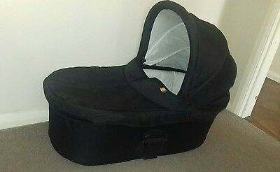 MAMAS AND PAPAS Sola Black Carrycot also fits Urbo Glide Zoom Sola2 and Urbo2