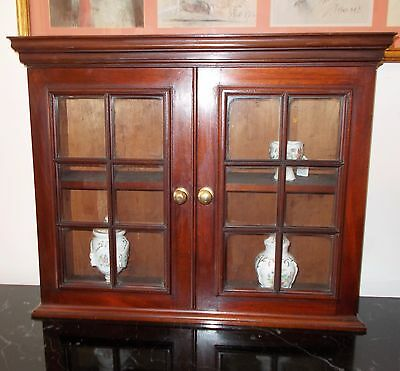 Edwardian Mahogany Glazed Double Door Wall Hanging / Free Standing Cabinet