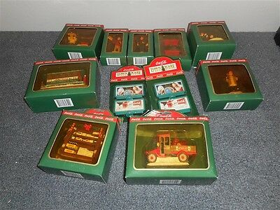 MINT Coca Cola Town Square Collection Complete Set of 1993 Accessories