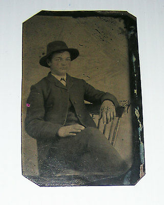 tintype photo Young man with hat Quebec metal plate
